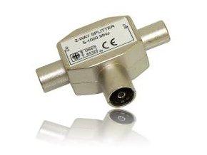 Rozbočovač TV signálu s IEC konektory feritový