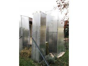 Zimní skleník z makrolonu, 2,5m výška, 0,5m šířka.