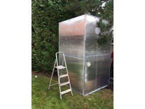 Zimní skleník z makrolonu, 2,5m výška, 1,5m šířka.