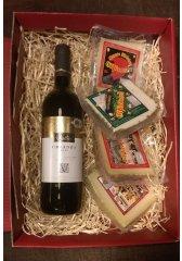 Španělský dárkový balíček sýrů s vínem