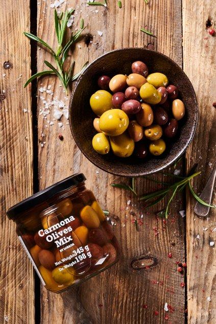 Pampas Market 03 21 04872 Carmona olives mixwebCrop