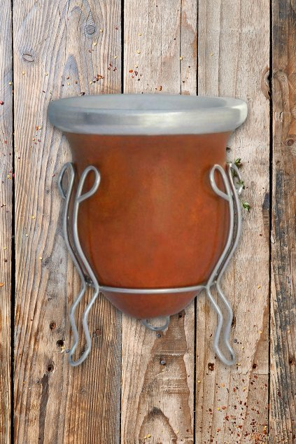 Calabaza z tykve se stojánkem na pití maté