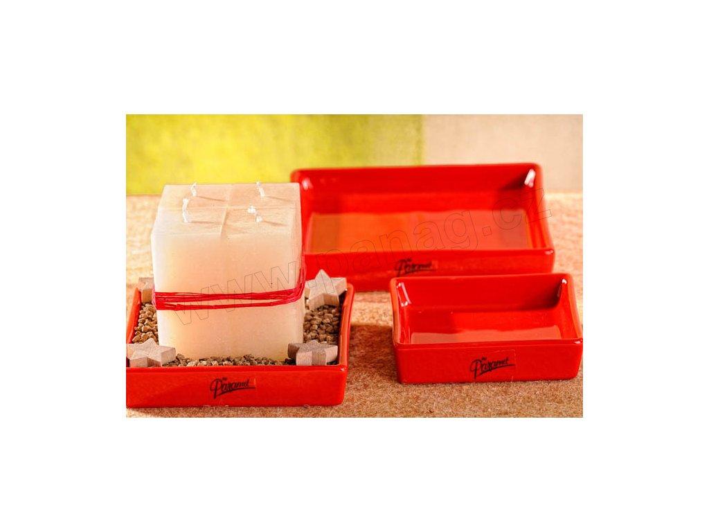 11087 15R Salma tácek čtverec červený 15 x 15 cm