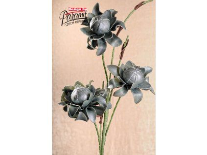 3 79G dekorativní květina 14 cm tm. zelená
