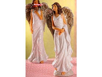 X159 Anděl Glorie s přehozenou šálou od Paramit