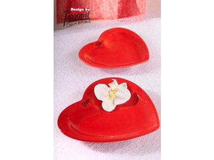 Srdce talíř červená 17 cm