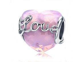 Růžové srdce s nápisem Love 1