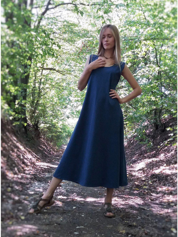 Úpletové dlouhé šaty - tmavě modré
