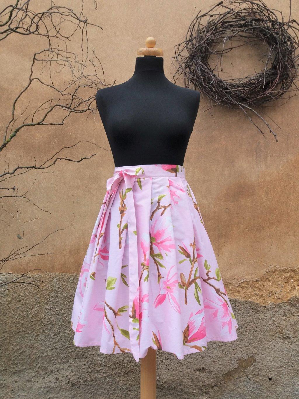 Krátká zavinovací - růžová s magnolií