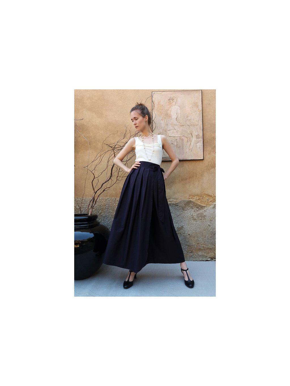 Dlouhá zavinovací sukně - temně fialová