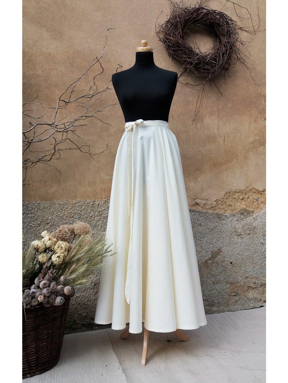 Kolová sukně smetanová