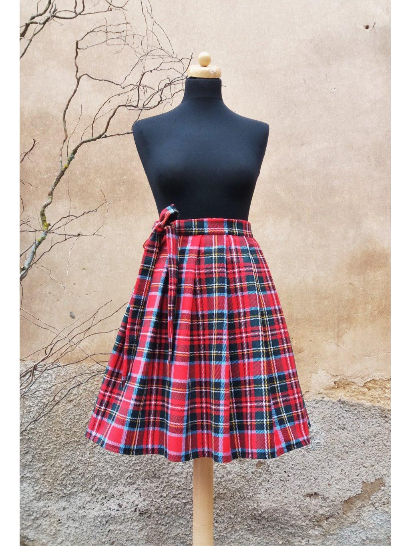Krátká zimní sukně kostka