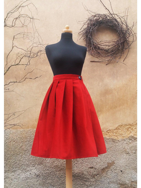Krátká manšestrová sukně červená