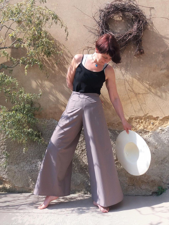 Béžové zavinovací kalhoty
