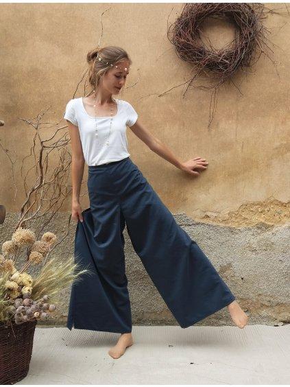 Modré zavinovací kalhoty