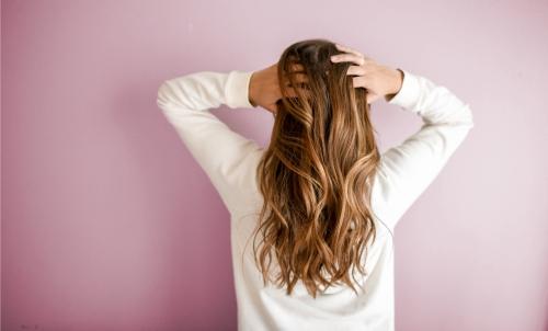 Vypadávanie vlasov - 6 tipov ako si udržať zdravé vlasy