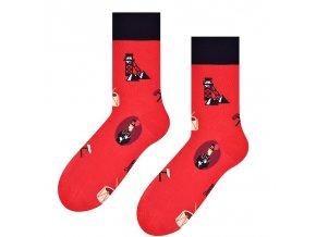 Vstávaj, Jano, hore ponožky červené