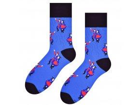 Tancuj, tancuj, vykrúcaj ponožky modré