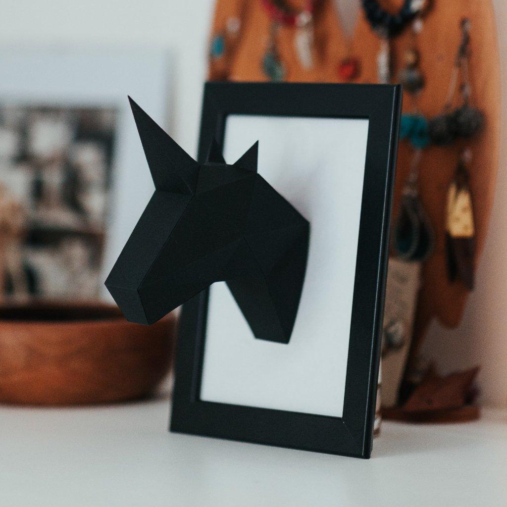 Papírová skládačka Jednorožec Mini – černý PaperTime