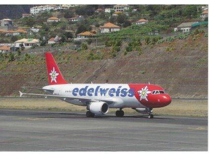 Postcard Airbus 320-214