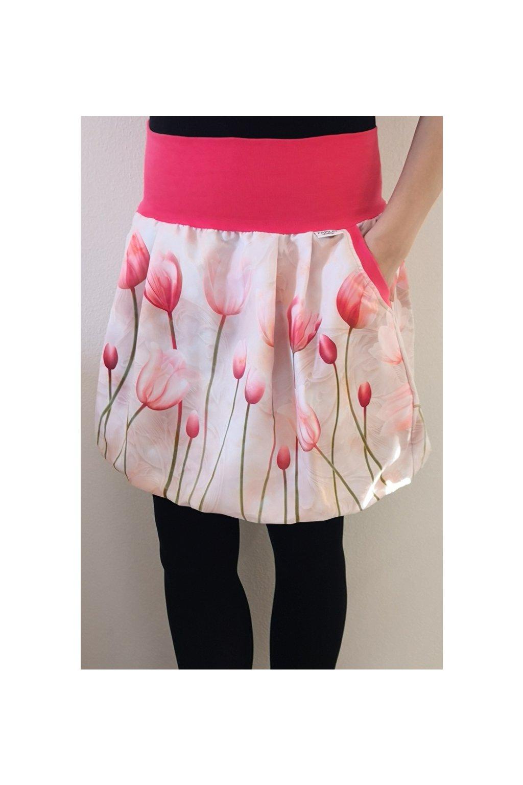 Něžné tulipány| micropeach