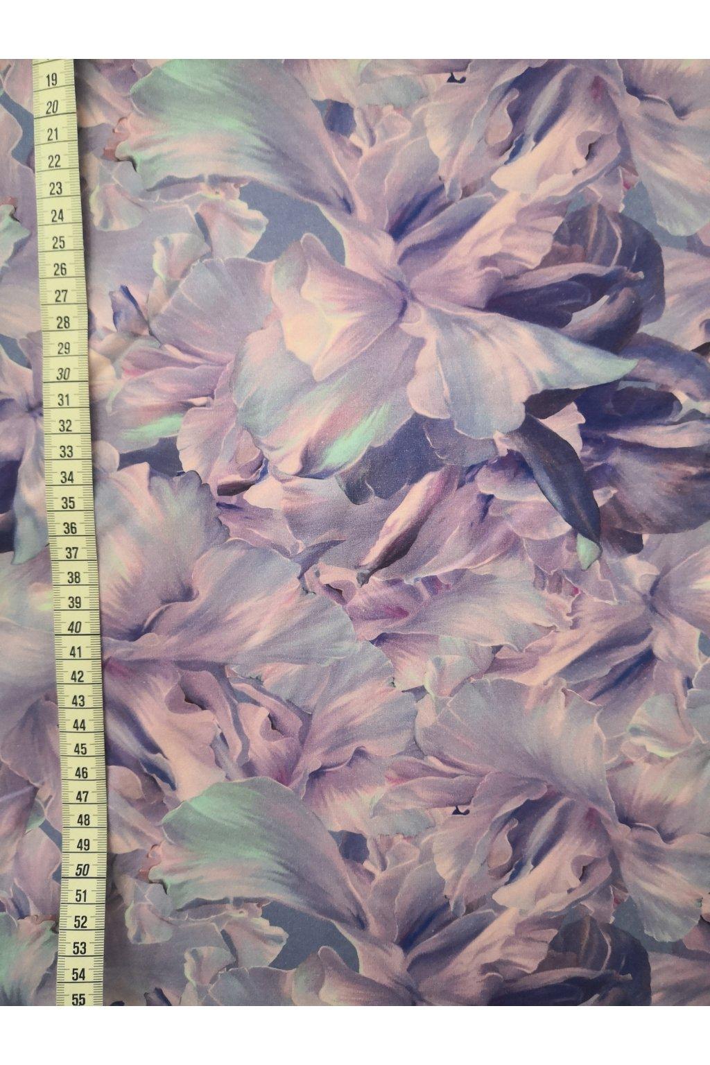 Lila květy | bavlněný úplet
