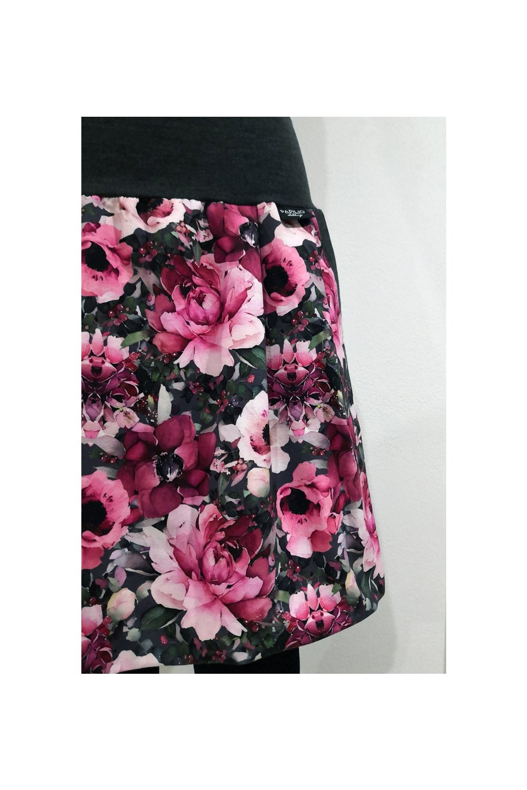 Balonová sukně Pivoňky a růže | úplet