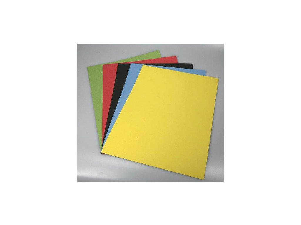 Barevný karton - A4 / 180 g / zelená