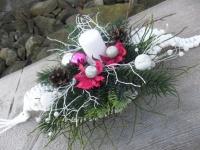 Vánoční svícen pletený z papírových ruliček - tvar lístku, doaranžován
