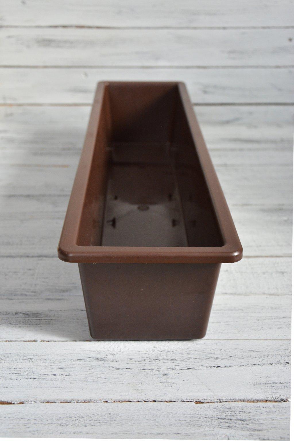 plastový truhlík na barvení papírových ruliček rozměr truhlíku je 60 cm