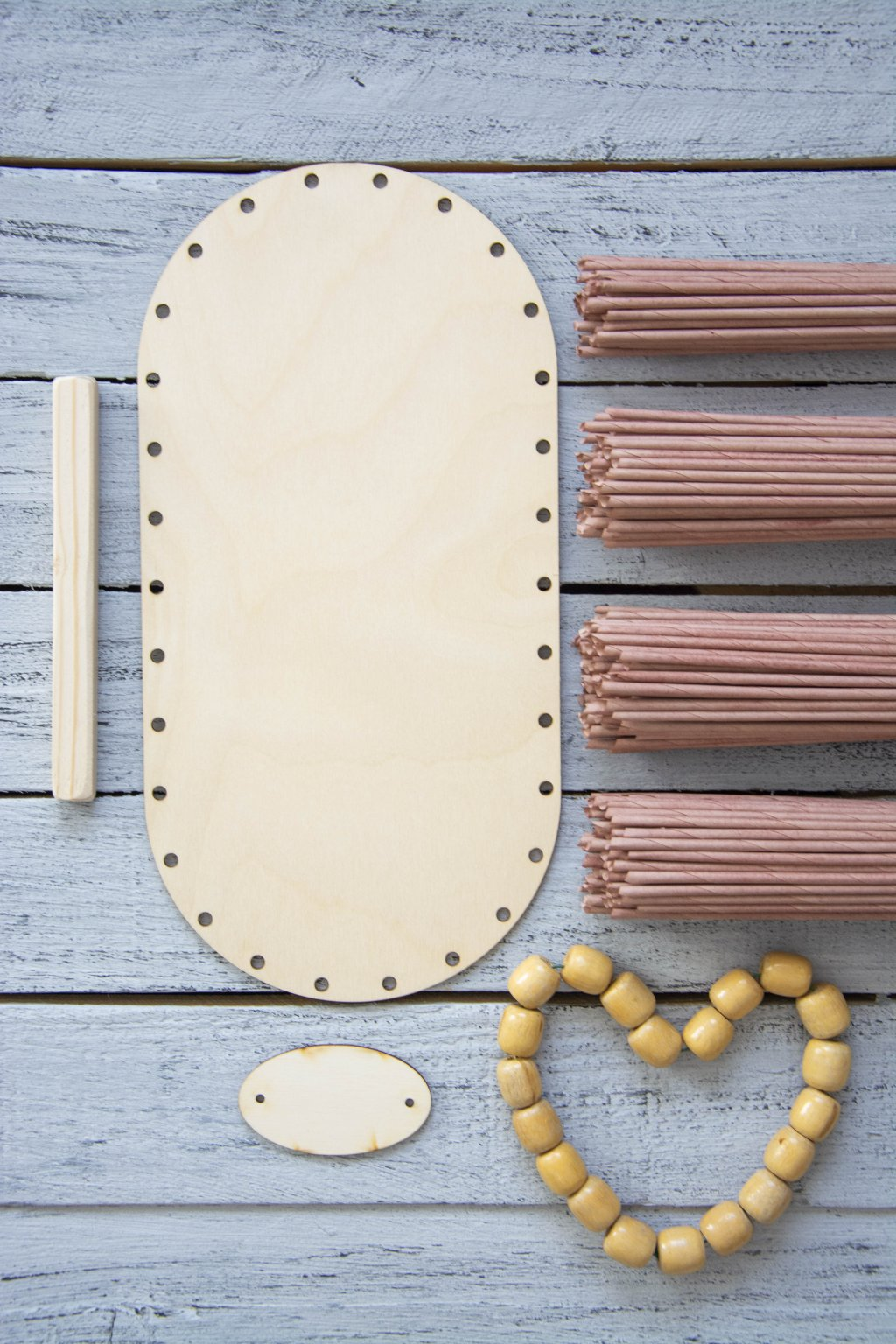 Sada na papírové pletení papírové ruličky a dřevěné dno