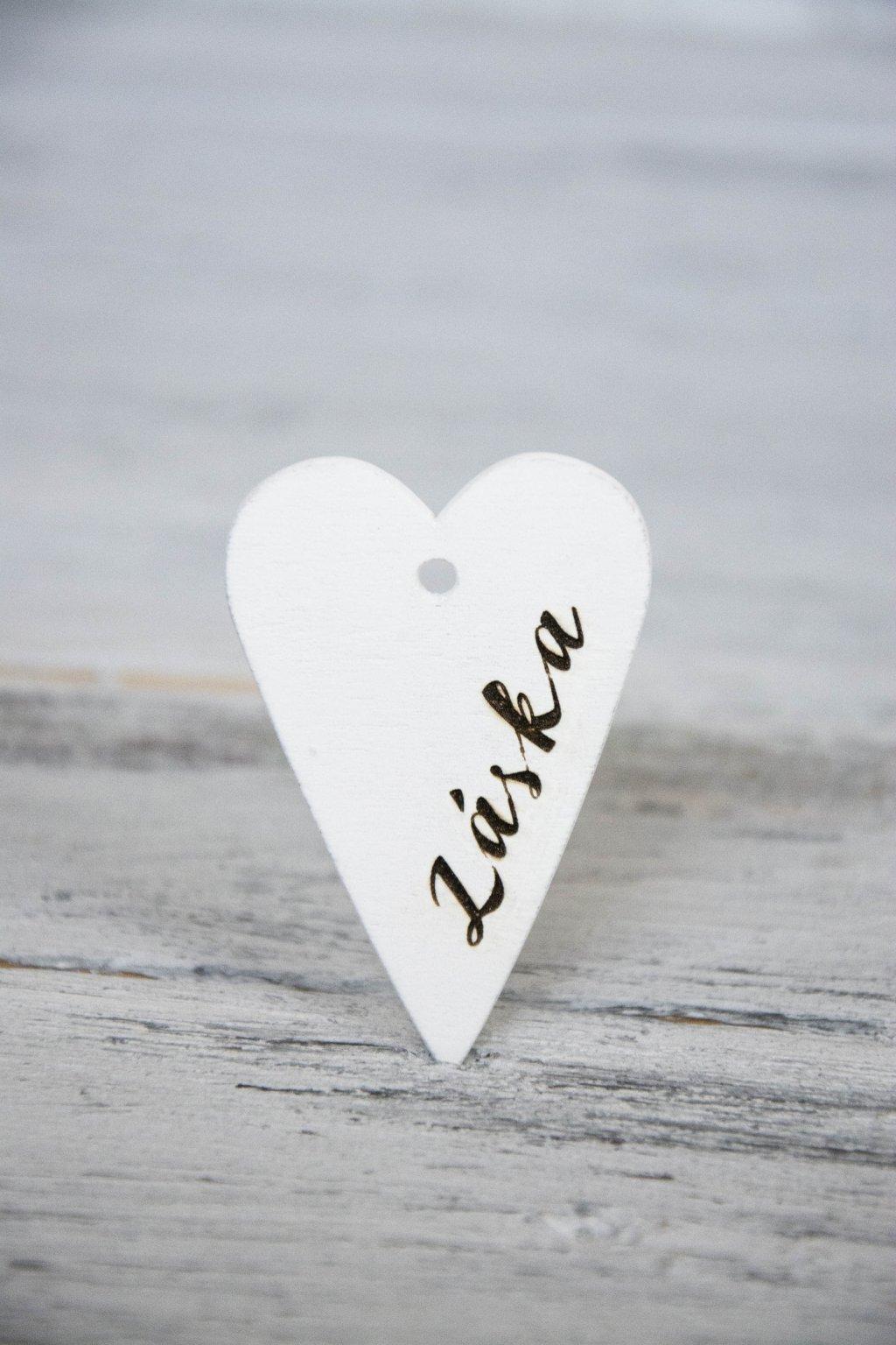 """Visací dřevěné srdce """"Láska"""""""