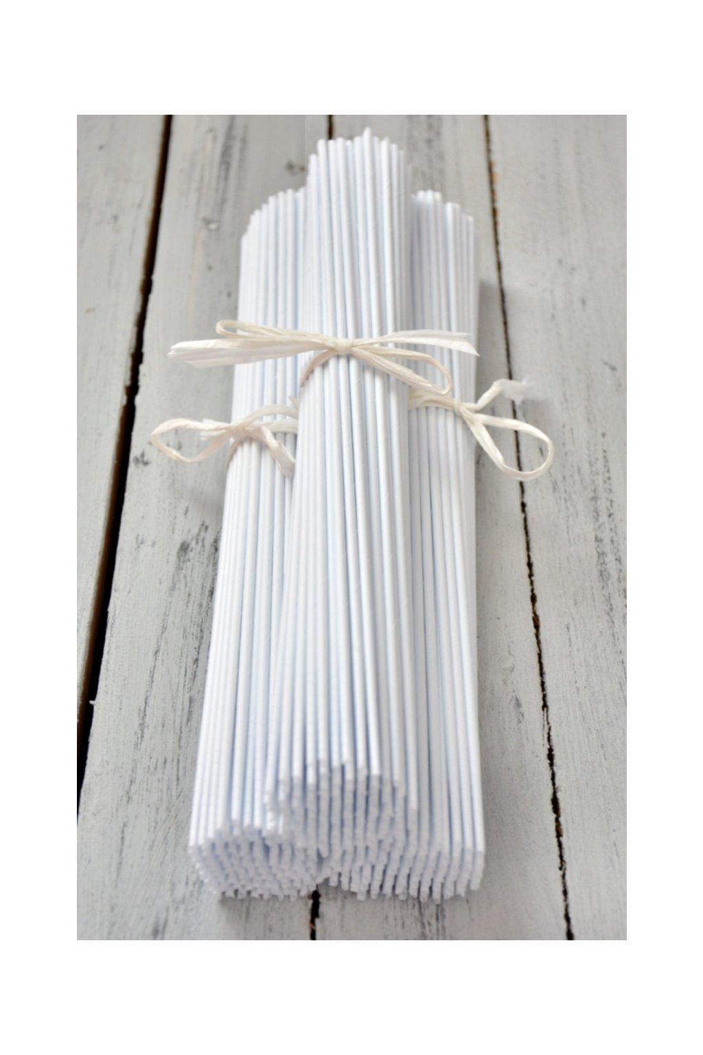 Sněhově bílé papírové ruličky na papírové pletení hobby zábava ruční práce košíkaření pletení košíků