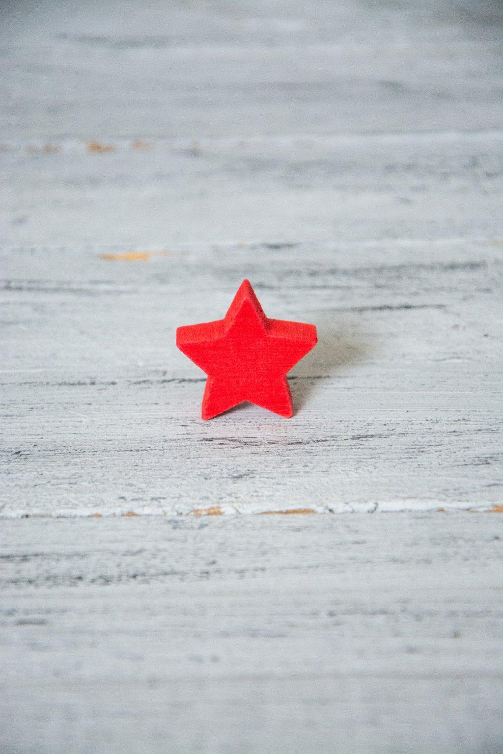 Hvězda červená