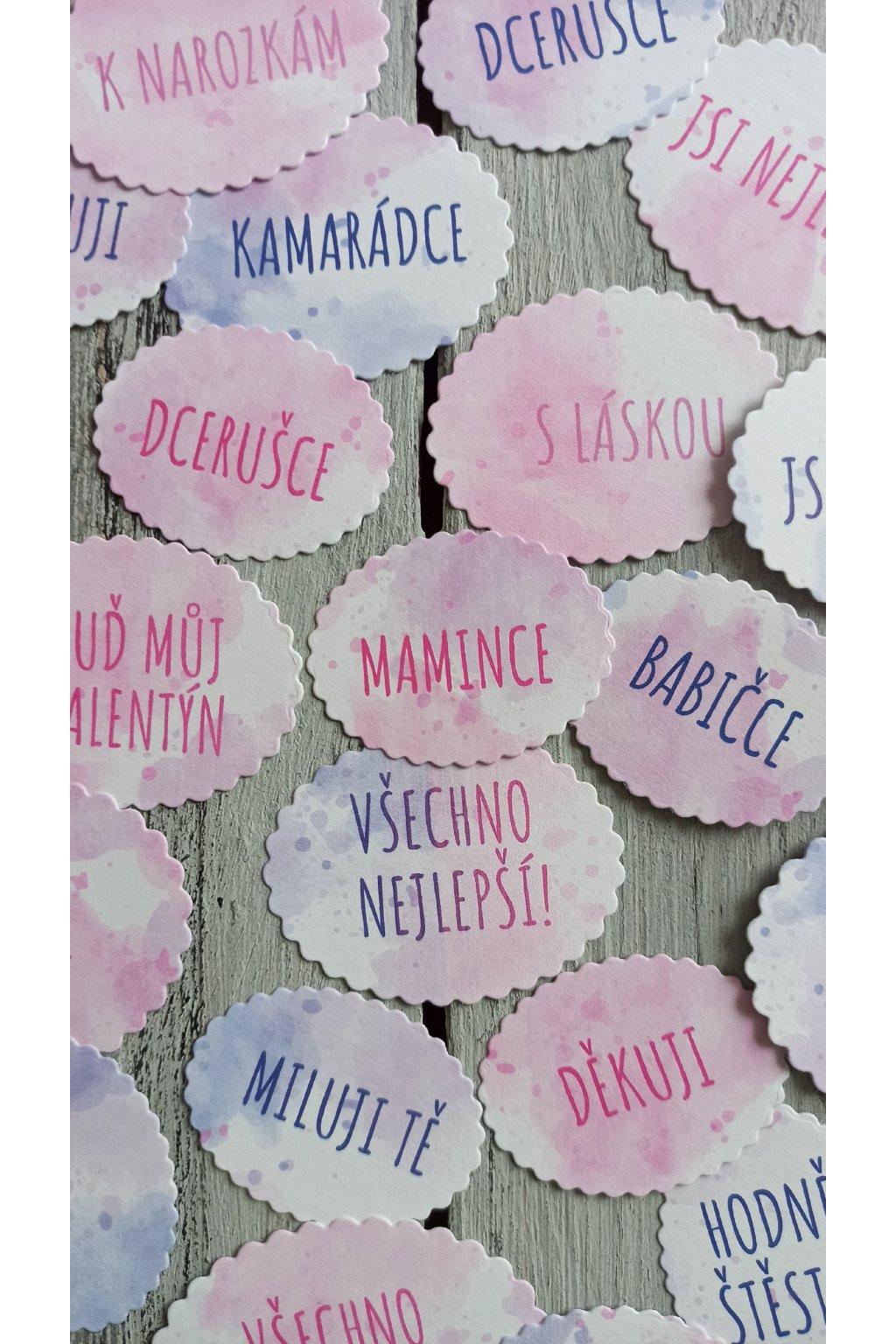 Papírové cedulky jmenovky na dárky dárečky