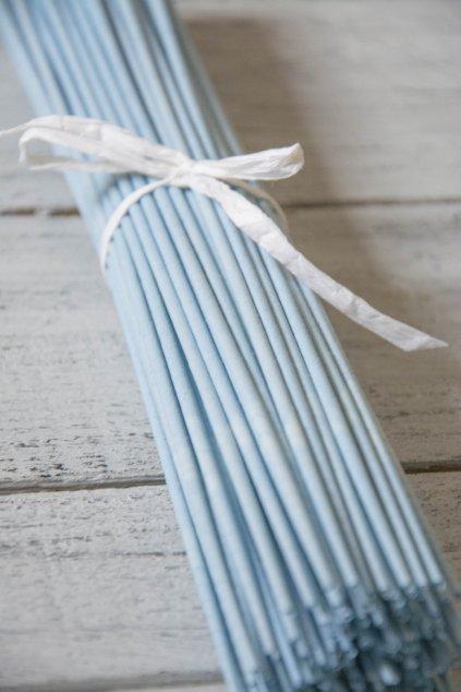 Papírové ruličky z papíru Havana, drát 1,2 mm, pruh 15 cm. Barva OVO.  200 ks