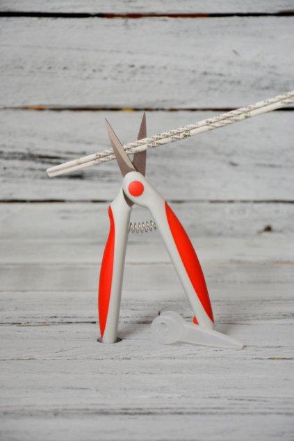 Nůžky na zastříhávání ruliček