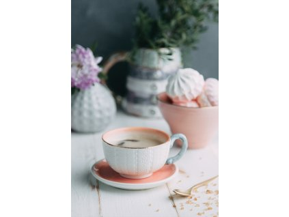Cup of coffee and marshmallows width400 3