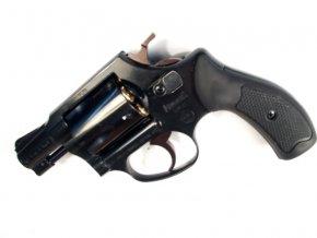 Plynový revolver Weihrauch HW37 černý cal.9mm
