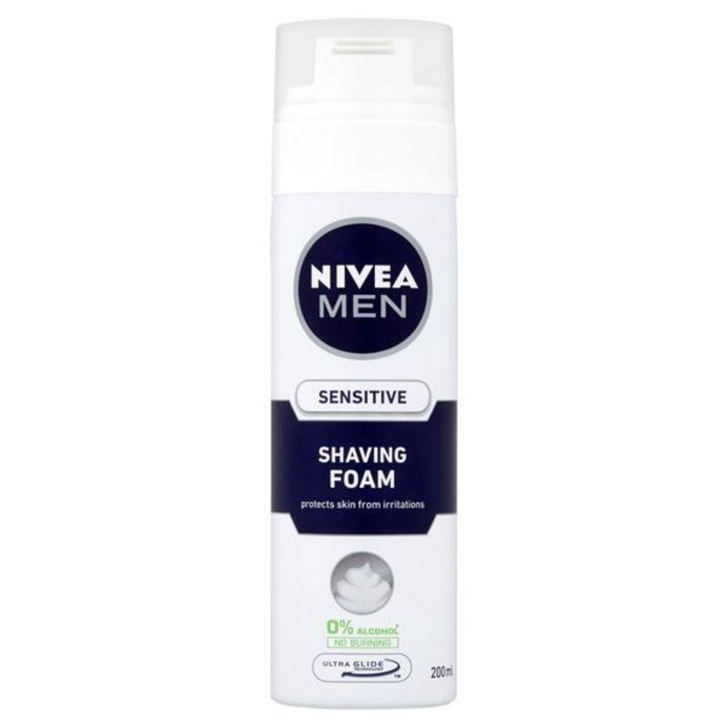 Nivea Pěna na holení Sensitive M Objem: 200 ml