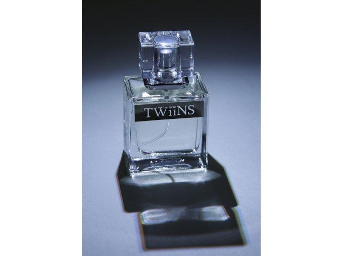 TWiiNS for men