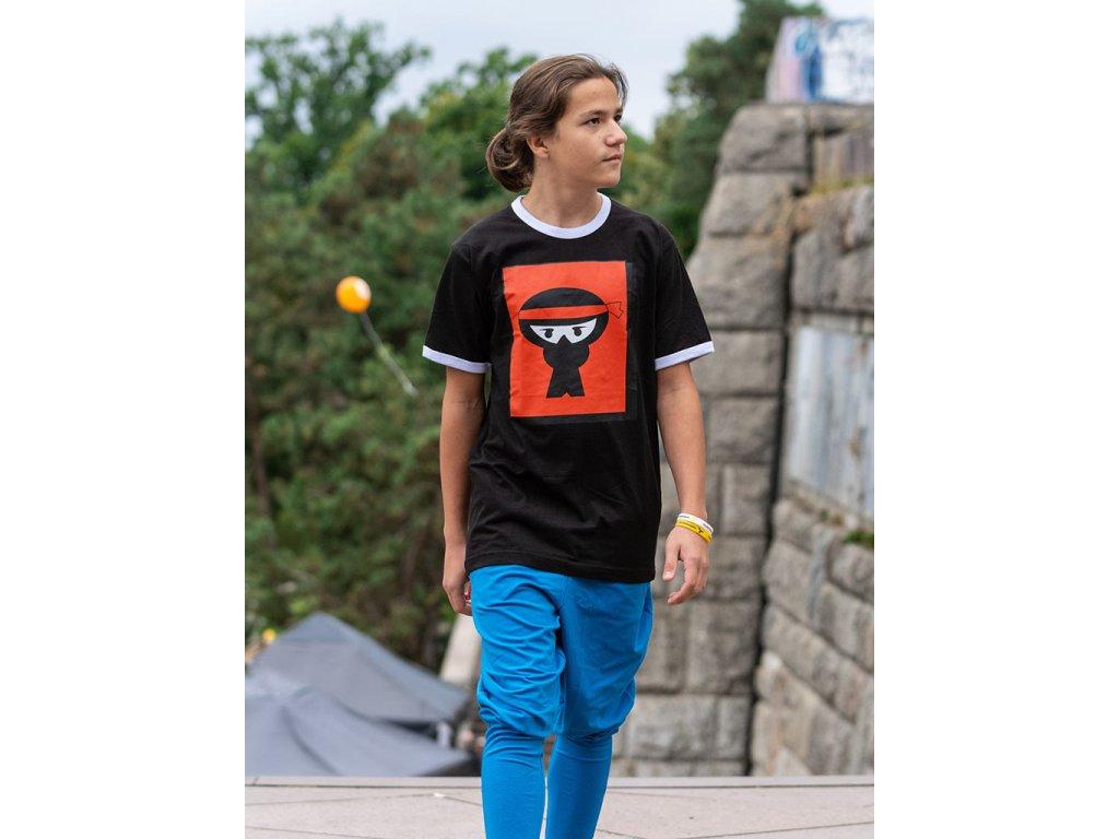 Parkourove triko Urban Ninja Massive Logo cerne (1)
