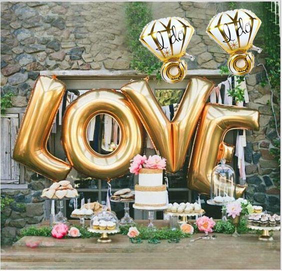 Fóliové a latexové svadobné