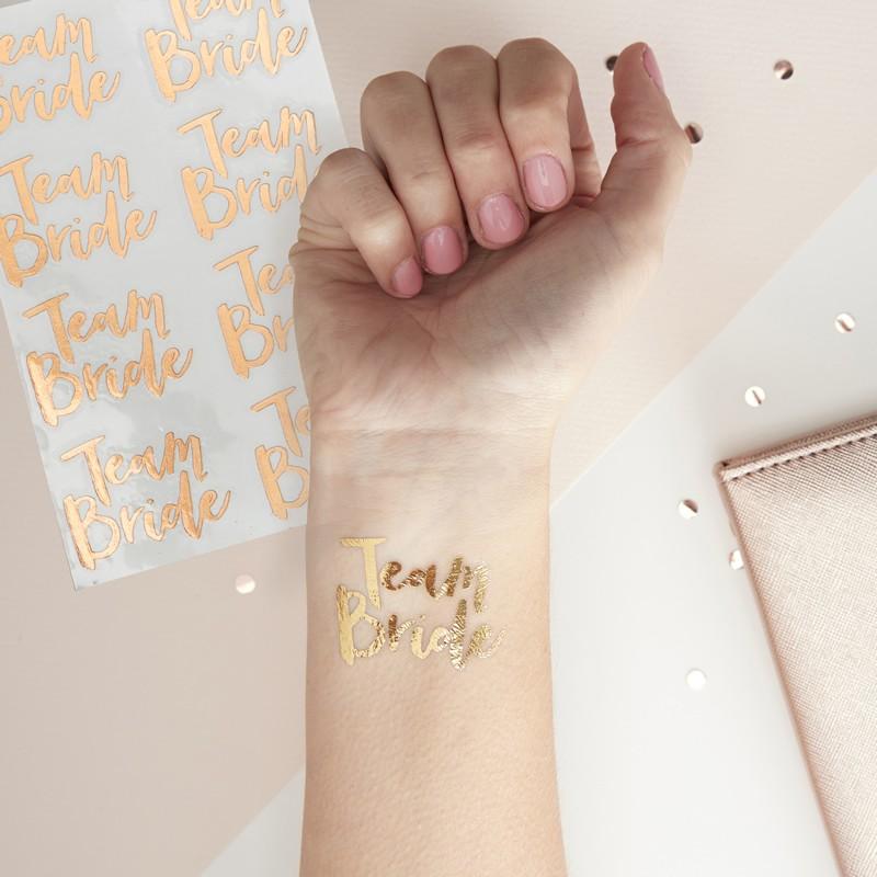Tetovačky a pozvánky