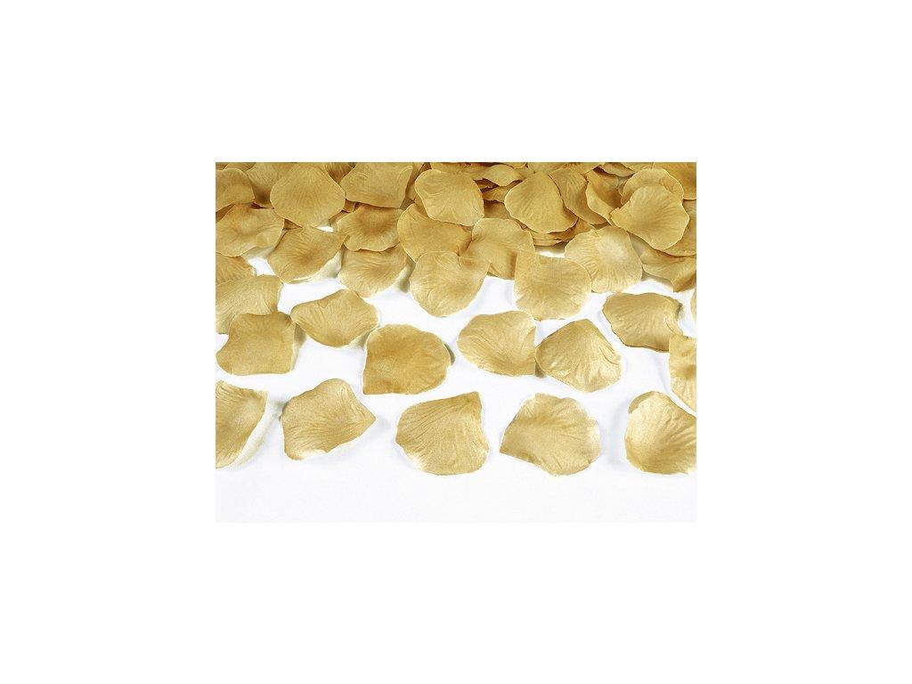 platky ruzi na svatbu zlate