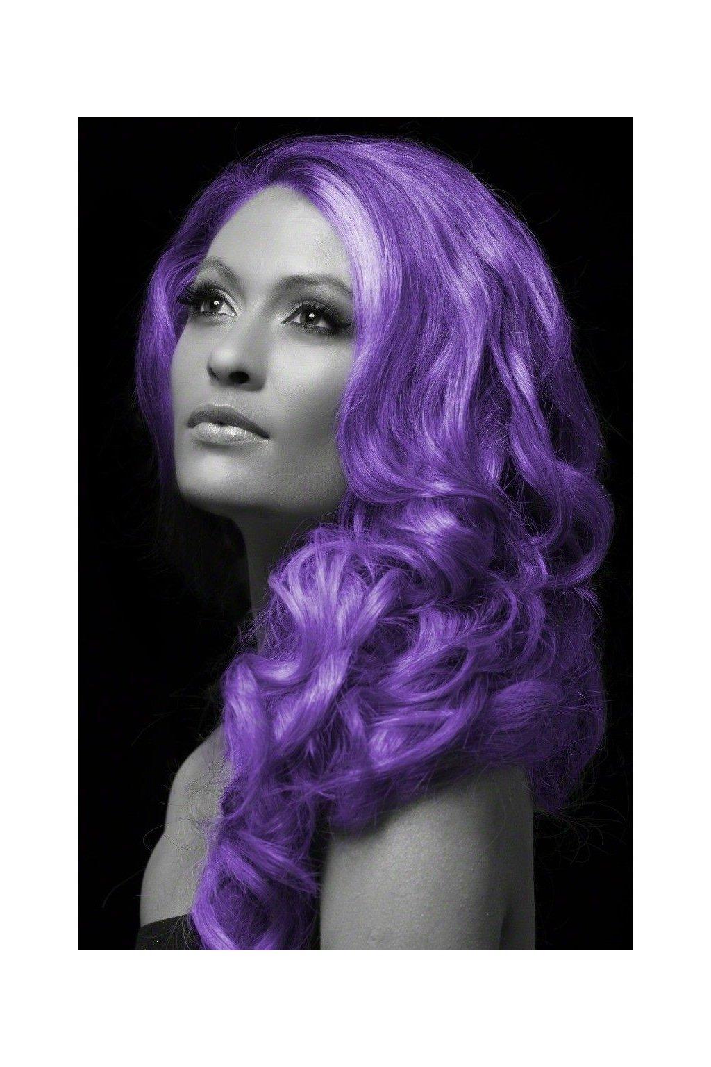 Fialová barva na vlasy ve spreji
