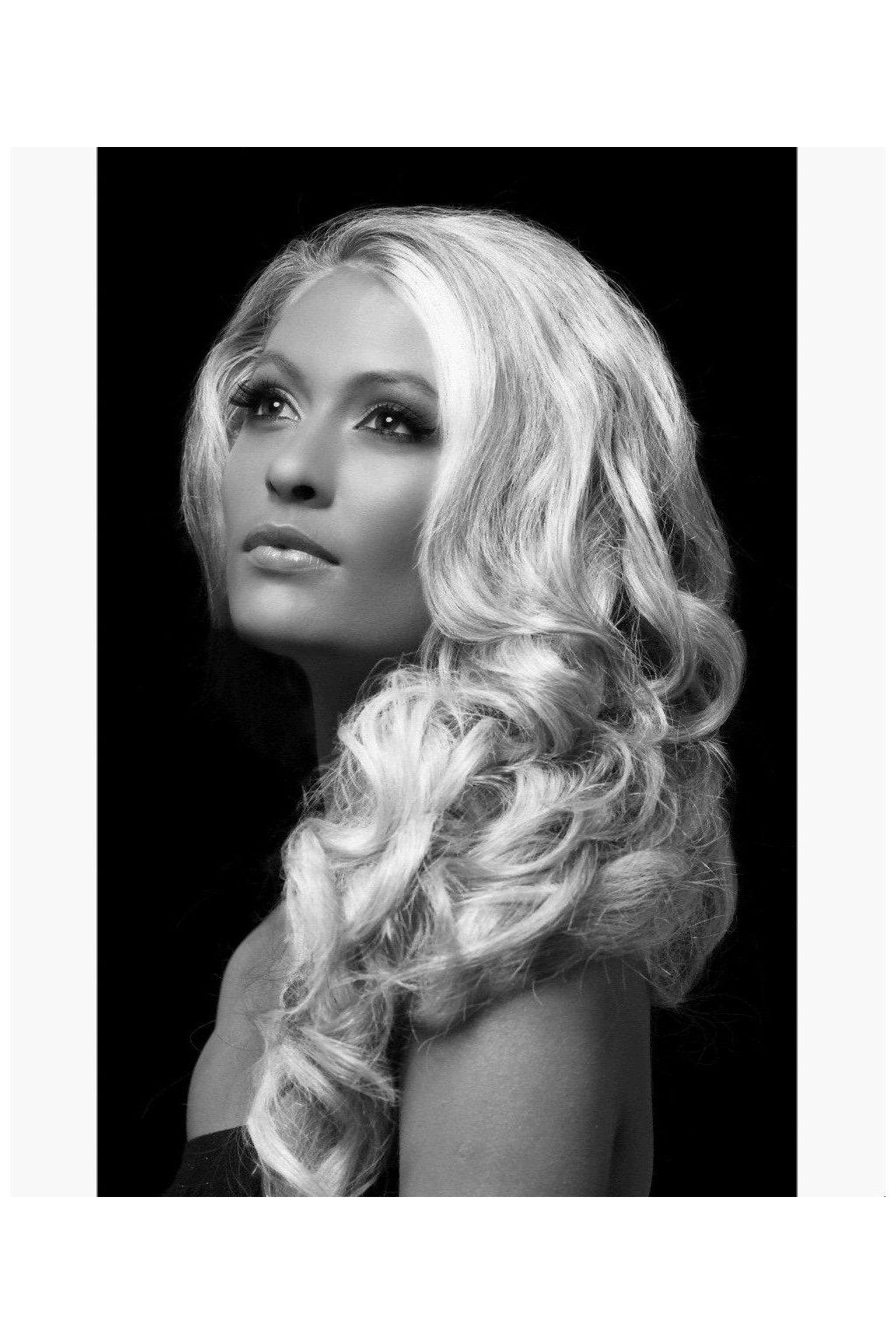 Bílá barva na vlasy - sprej