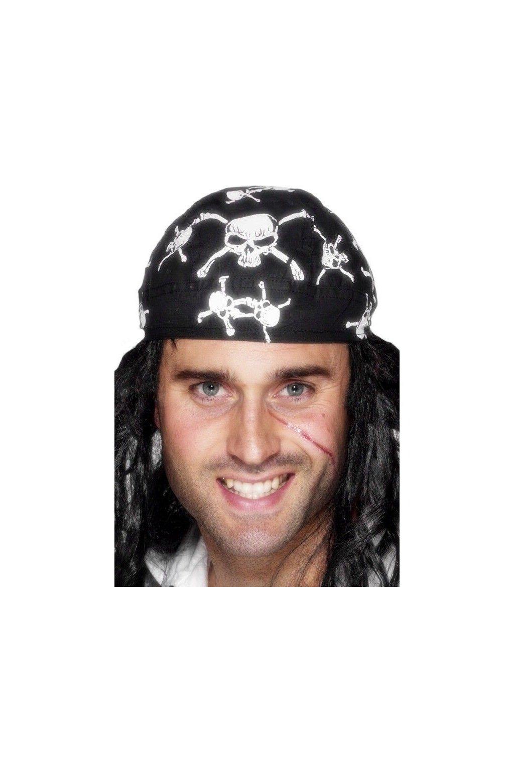 Pirátský šátek s lebkami
