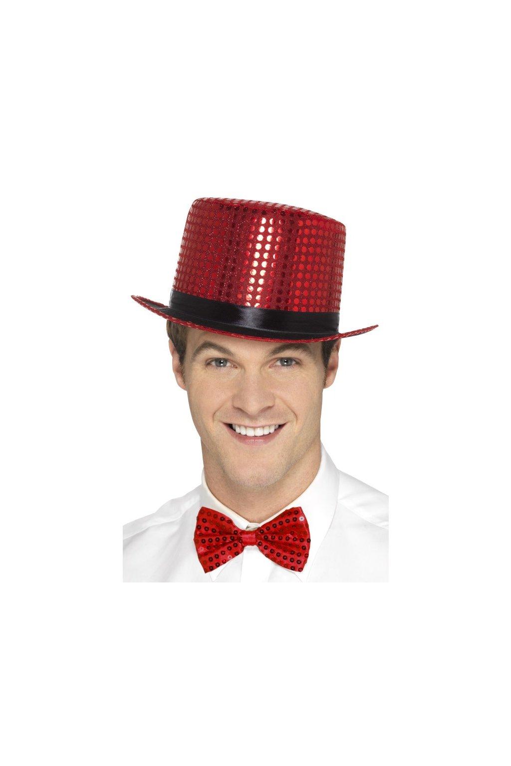 Červený flitrovaný klobouk