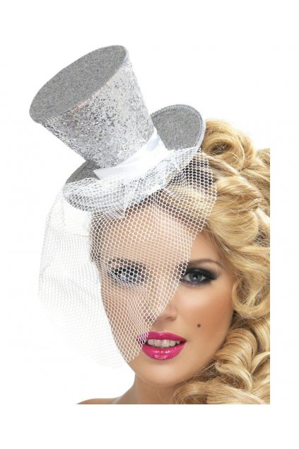 Stříbrný klobouček na čelence